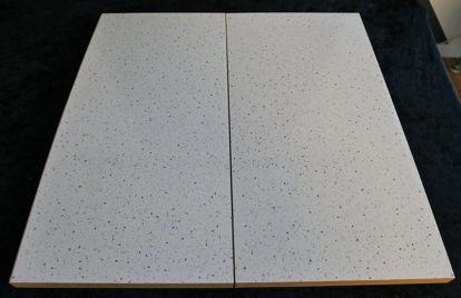 Billede af Køkken Bordplade - lys sandfarvet, meleret - 25 x 49,5 cm. (Brugt)