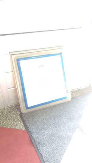Billede af Brugt vindue 55,5 x 60 cm.